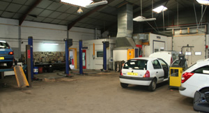 Services renault bricquebec garage automobile henry for Garage de france agent renault sainte consorce
